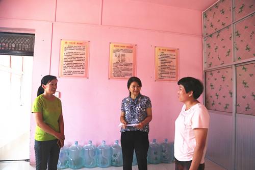 濉溪县妇联督查省妇女创业扶持转移支付资金项目实施工作